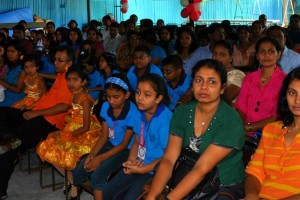 Prize giving at IELTS SRI Lanka – IELTS Sri Lanka (55)